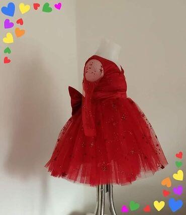 Prelepa haljinica u intenzivno crvenoj boji, predivan kvalitet