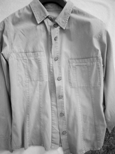 Košulja,maslinasto zelena u odličnom stanju.Marka Tiffany - Cacak