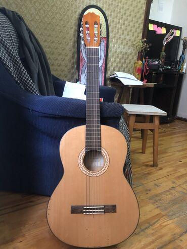gitara satilir в Азербайджан: Gitara satılır Brand: RIVERTONENöv: ClassicSəs akustikası: ƏlaÜstündə