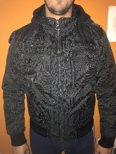 H-m-bajkerske-deciji-model-ali-broju - Srbija: Zimska jakna, tamno siva-crna, muskaVelicina Xl, ali je manji model