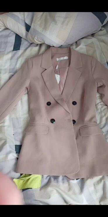 Продам пиджак новый размер s