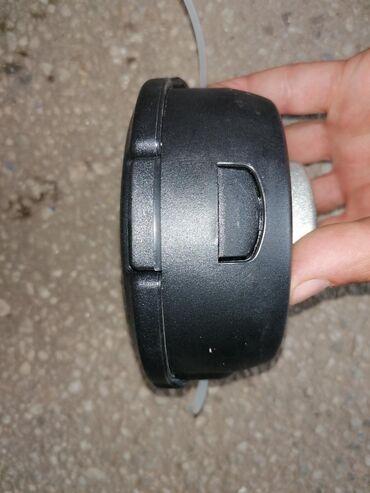 Glava za trimer Novo Glava za trimer je standardana za motorn trimere