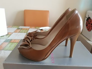 Prodajem kozne, italijanske cipele, broj 38, otvoreni prsti. - Belgrade