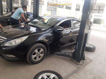 Hyundai Sonata 2 л. 2011   130000 км