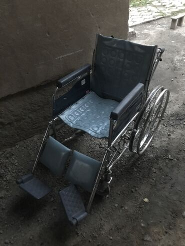 Инвалидные коляски - Кыргызстан: Продаю инвалидную каляску б/у
