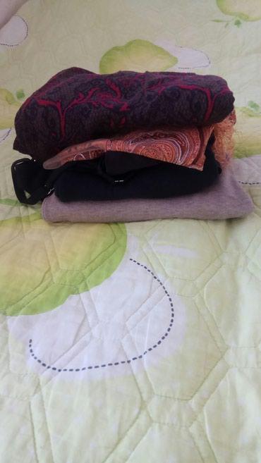 Отдам пакет женские вещи ,размер в Бишкек