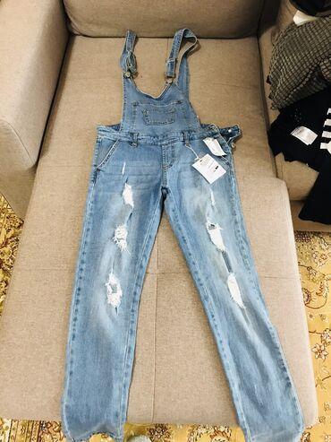 детские зимние комбинезоны бишкек в Кыргызстан: Продаю новый джинсовый комбинезон, размер S, привезен из США