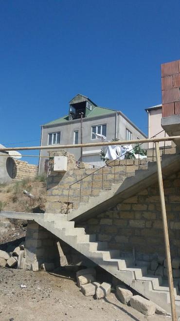 - Azərbaycan: Satış Evlər mülkiyyətçidən: 170 kv. m, 5 otaqlı