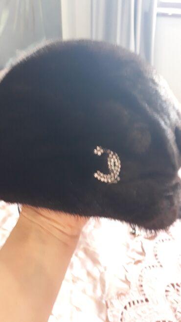 Срочно норкавая шапкапочти новая