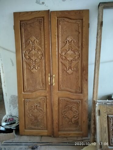 Двери | Дерево