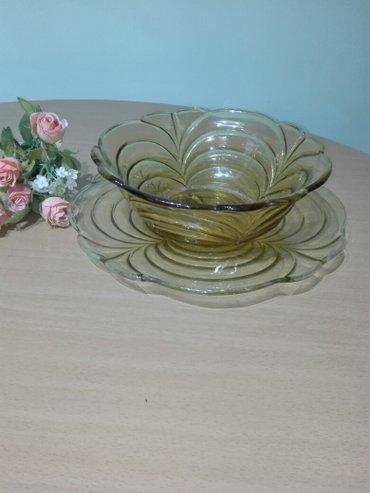 Dve velike staklene vaze šaljem brzom poštom - Jagodina