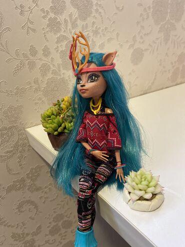Коллекционном кукла Monster high  Изи Даунденсер