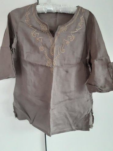 Zenska bluza M velicina