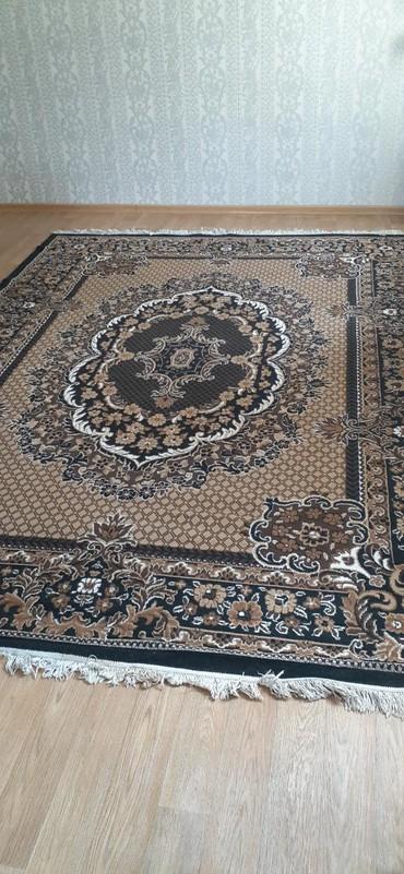Продаю ковры б/у 2шт. 2.7×3.7 цена 1800сом за 1шт. в Бишкек