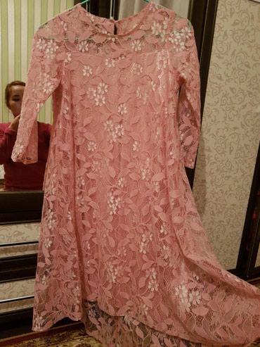Женская одежда в Лебединовка: Продается платье гипюровое, сзади удлиненное, S-M, не носилось