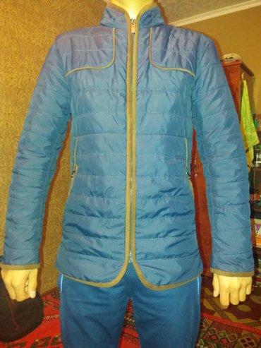 продаю куртки 1) темно-синяя 1800 2) пиджак 1800.  в Ош