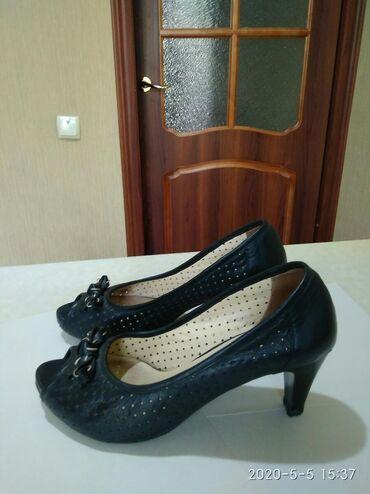 черные-женские-туфли в Кыргызстан: Продаются женские туфли, произ-во Турция, размер 39 (маломерят), цвет