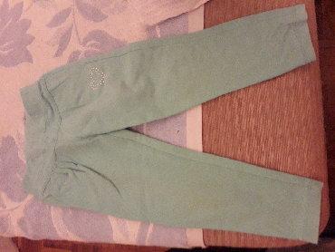 Pantalone zelene broj - Srbija: Helanke, pastelno zelene boje, pamučne - broj 110, odlično