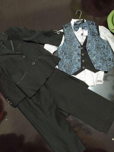 Детский мир - Орловка: Детский костюм пиджак рубашка брюки жилет на 3-4 года за все 900сом