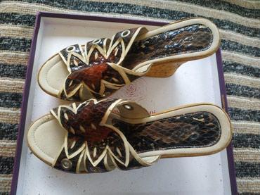 Обувь женская б/у любая за 500 сомов. в Бишкек