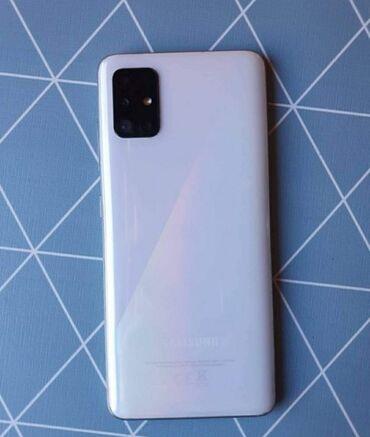 Samsung A51 star 4 meseca kao Nov za sve info pisi te