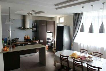 Сдается квартира: 5 комнат, 210 кв. м, Бишкек
