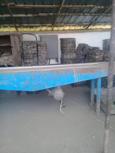 цех по производства брусчатки в Кыргызстан: Продаю оборудование по производству брусчатки.комплект