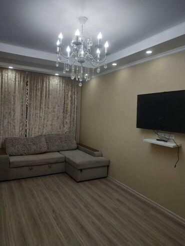 долгосрочно в Кыргызстан: Сдается квартира: 3 комнаты, 75 кв. м, Бишкек