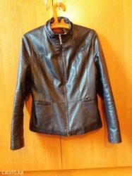 аялзат в Кыргызстан: Куртки женские две штуки. одна большого размера вторая поменьше