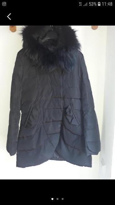 raz 46 в Кыргызстан: Куртка зимняя в хорошем состоянии, мех натуральный, наполнитель пух