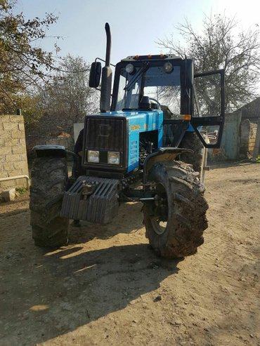 Bakı şəhərində Traktor belarus 1221 tecili satilir  5 korpus kotanla  14 000 elə 14 0