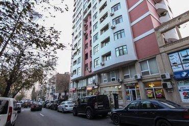 Сдается 4-х комнатная квартира в центре города, в Насиминском районе