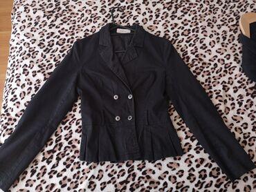 Crni sako, očuvan, prelep, velicina s
