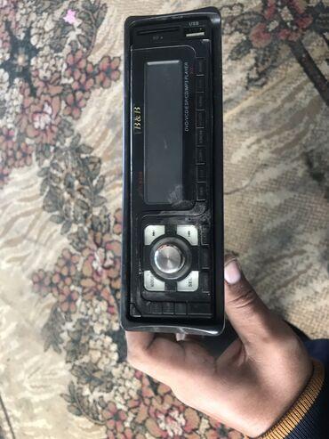 Продаю или меняю оригинал магнитофон 5000