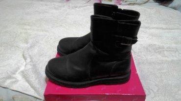 детские вещи. обувь 38 размер. куртки на 11 - 12 лет. цена договорная. в Бишкек