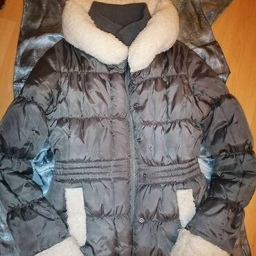 Duga zimska jakna - Srbija: Terranova zimska, topla jakna, sa zastitom od vetra na rukavima. Ima d