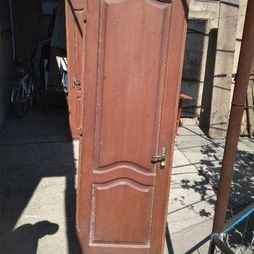 Срочно продаю деревянные двери, правая и левая