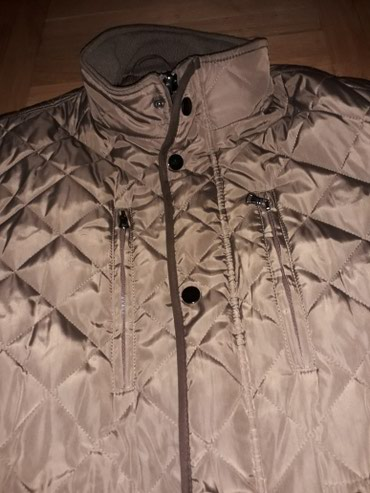 Zenska jakna,jako dobro ocuvana,za devojke od 90 do 110 kg,uzivo je - Backa Palanka