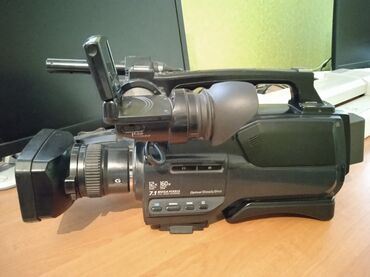 Камера сд 1000 сатылат 18,000сом. Запас батарейкалары, спышкасы менен