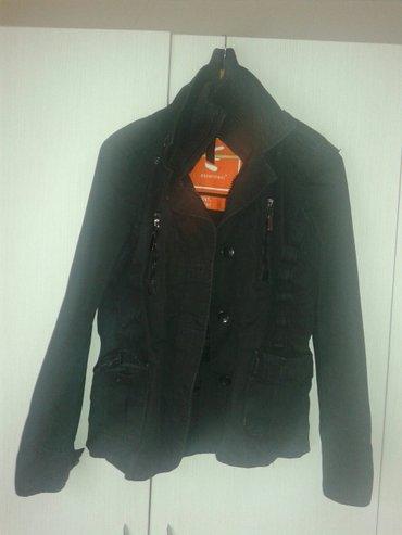Crna prolecna jakna od kepera. Nosena ali ocuvana nema nikakva - Valjevo