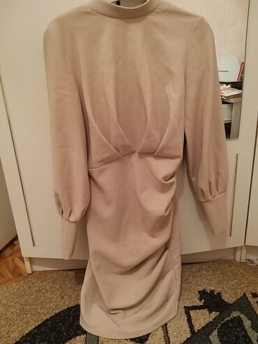 вечернее платье с открытой спиной в Кыргызстан: Платье Вечернее 0101 Brand M