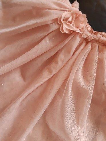 Ostala dečija odeća | Crvenka: Suknja od tila sa podsuknjom. Za uzrast od 8 do 12 godina. U savrsenom