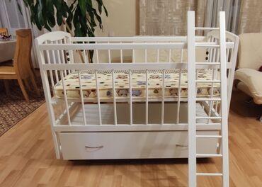 продам кресло кровать in Кыргызстан | ДИВАНЫ: Продается новая кроватка- качалка Матрас в подарок! Причина продажи