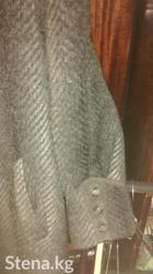 Серое пальто с мехом писец стриженный, фирмы берхаус 52 размер в Бишкек