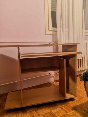 Kompjuter - Srbija: HITNO SE PRODAJE:Radni/ kompjuterski sto, očuvan, slabo korišćen, kao
