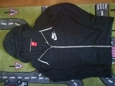 Ženske dukserice | Srbija: Original Nike ženski duks sa zipom u crnoj boji. Izuzetno prijatnog