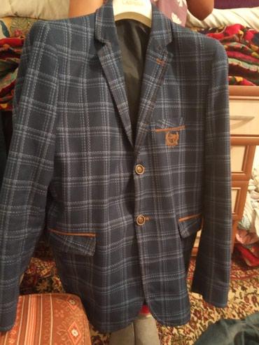 Продаю пиджак на подростка 15 лет или в Бишкек