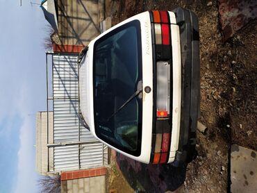 Прозрачные решетки на окна цена - Кыргызстан: Volkswagen Passat 1.8 л. 1989