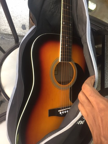 Jaky jackson guitar , hurry up am living today σε Thessaloniki