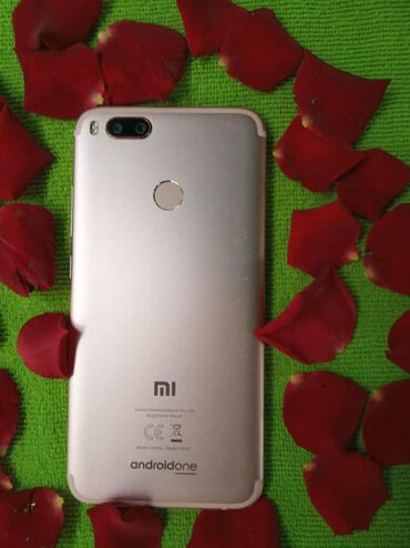 Б/у Xiaomi Mi A1 64 ГБ Розовый